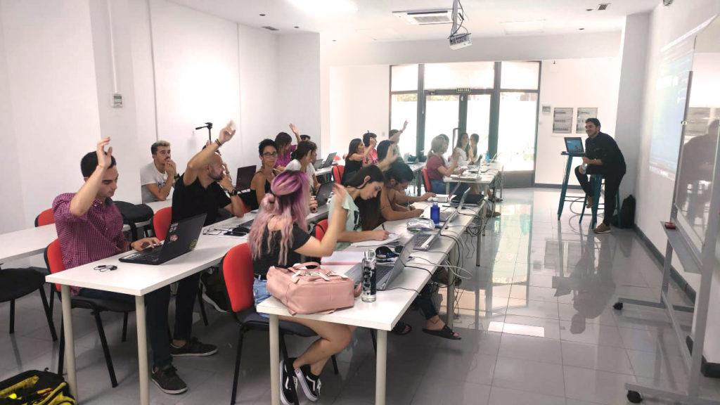 El master de marketing digital de AulaCM es una muy buena opción para finalizar tus estudios