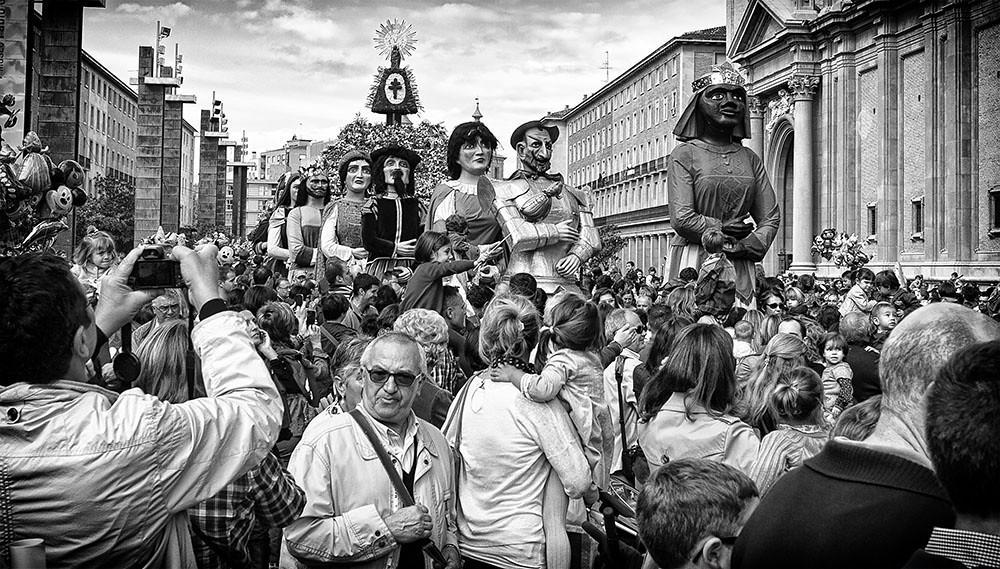 Gigantes y cabezudos de Zaragoza